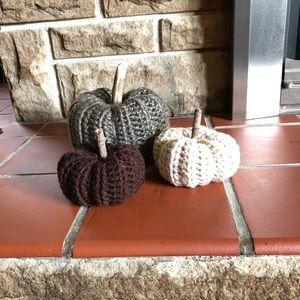 Set of 3 Crochet Farmhouse Pumpkins